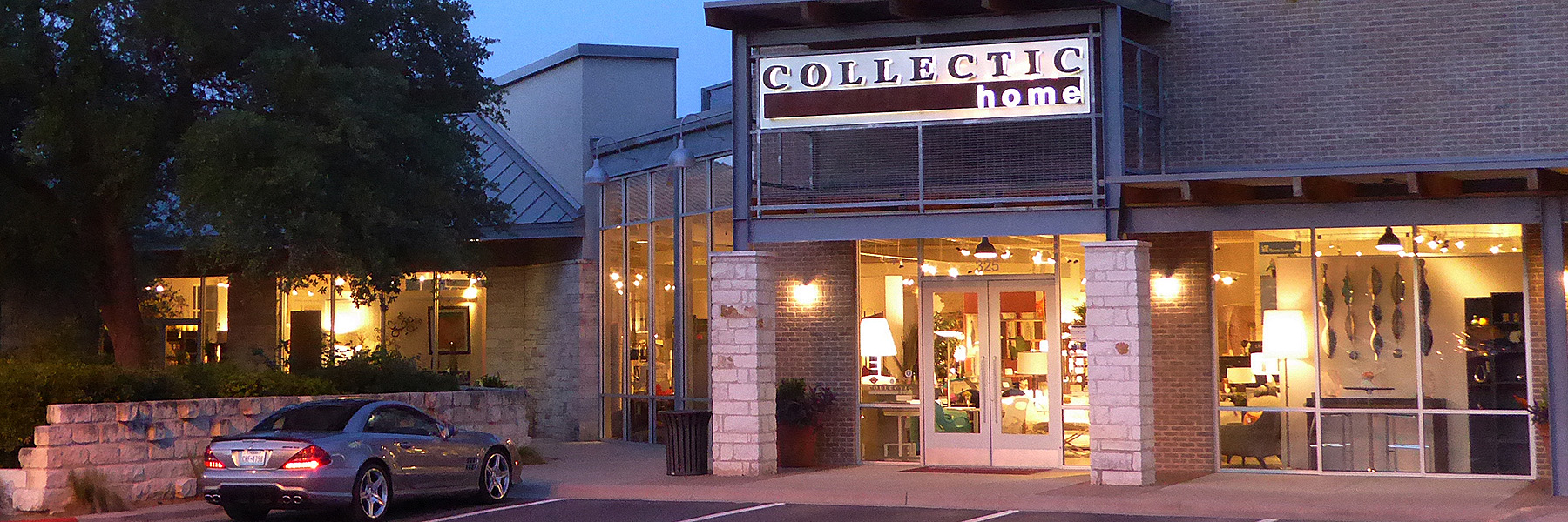 Upscale Contemporary Furniture Showroom in Austin, TX - 2785 Bee Cave Rd #325 Rollingwood, TX 78746 | 512.347.1616 | Learn More >
