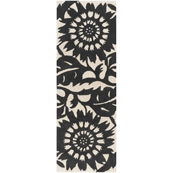 Zinnia Runner Rug in Black